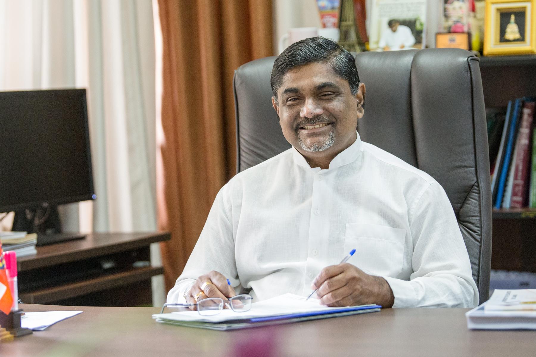 Prof. Lakshman Senevirathne